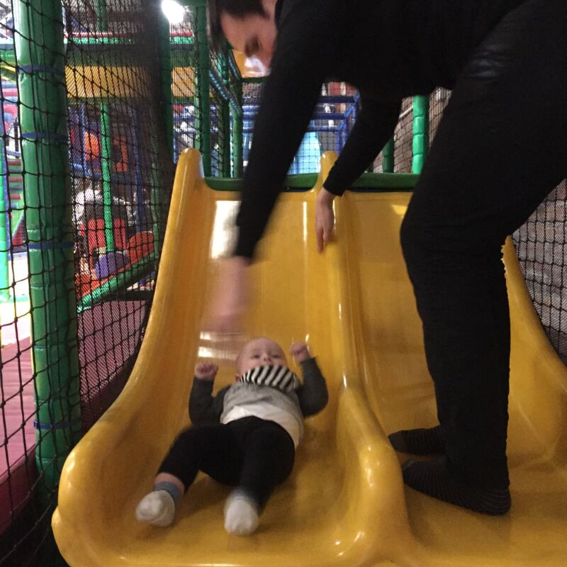 Yellow Sub soft play is a fantastic play to take your baby or child to have a bit of fun on a dreary afternoon. Come and read my review!