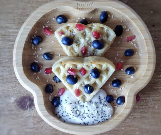 baby led weaning waffles topped with greek yoghurt and raspberries