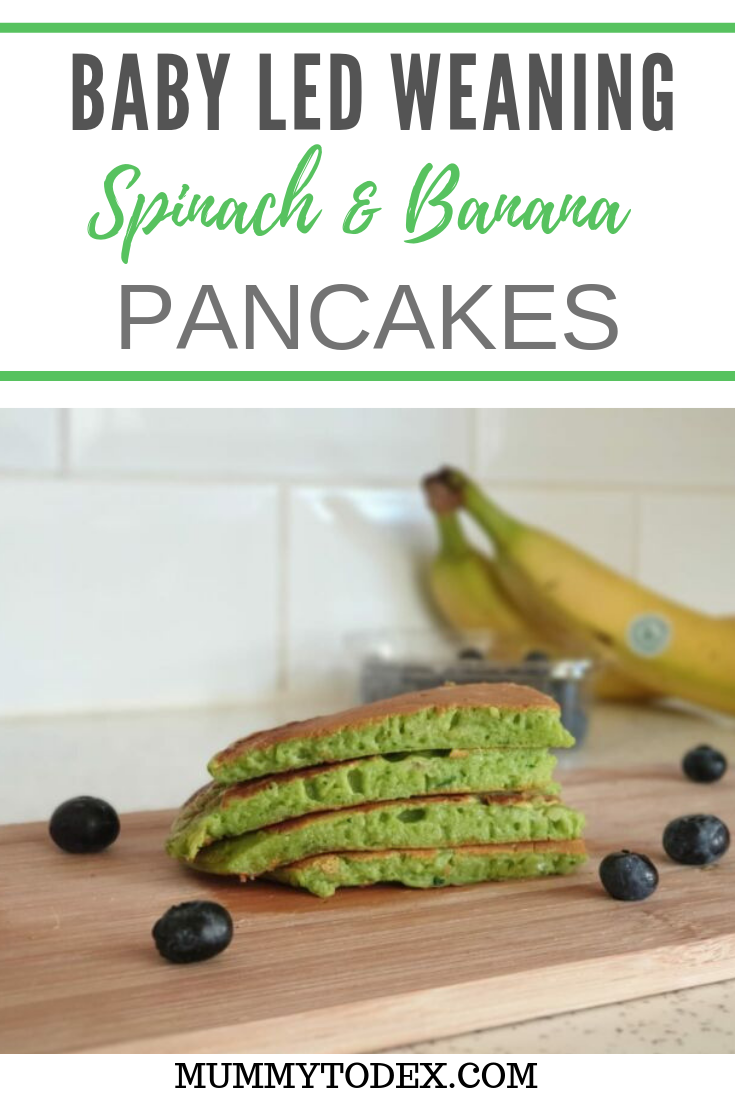 A simple recipe creating banana and spinach pancakes perfect for baby led weaning. This baby led weaning pancake recipe can be shared with toddlers and the rest of the family as the ideal breakfast food to start your day. #blw #blwideas #babyledweaning #babyledweaningrecipe