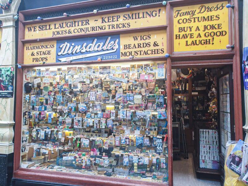 joke shop in hepworth arcade hull