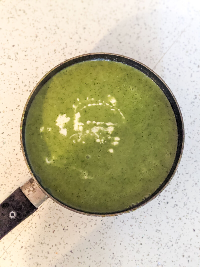 Broccoli soup for babies with a little cream added