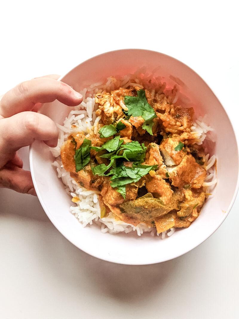 Baby curry Felix grabbing