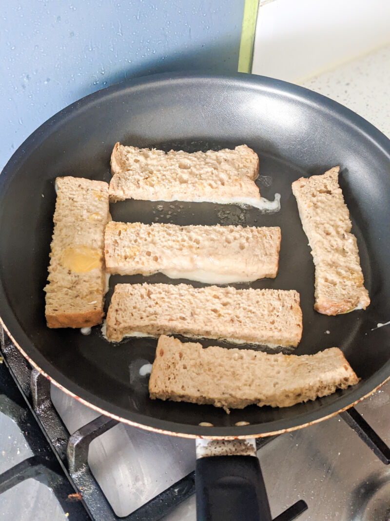 eggy bread for babies in the pan cooking