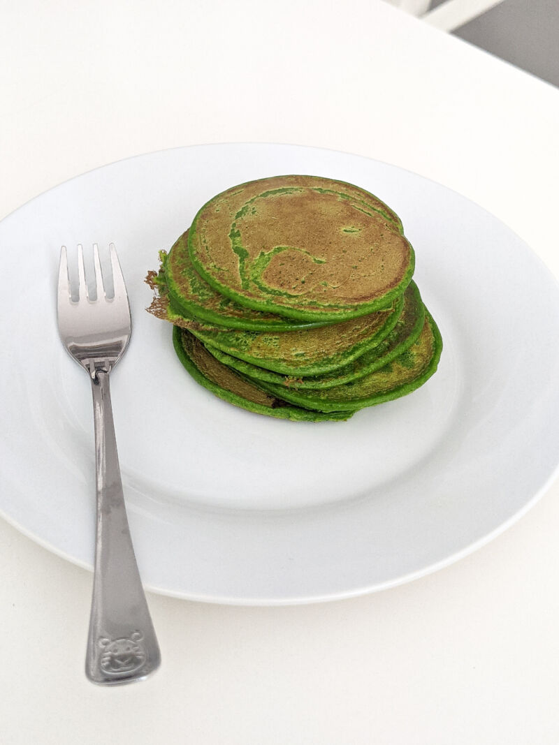 Spinach pancakes for babies on the plate
